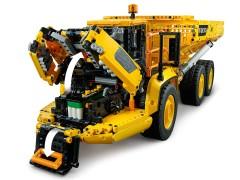 Конструктор LEGO Technik Шарнірний самоскид Volvo A25F 6х6