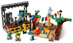 Конструктор LEGO Головна площа