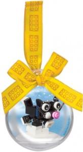 LEGO Seasonal Ялинкова кулька ЛЕГО з кішкою всередині